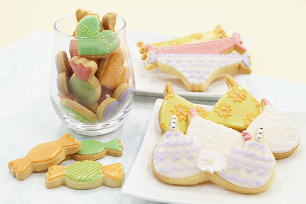 アイシングクッキー 下着とハートとキャンディー
